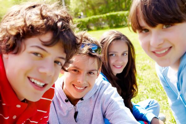 Lav en digital billedfortælling om venskab.